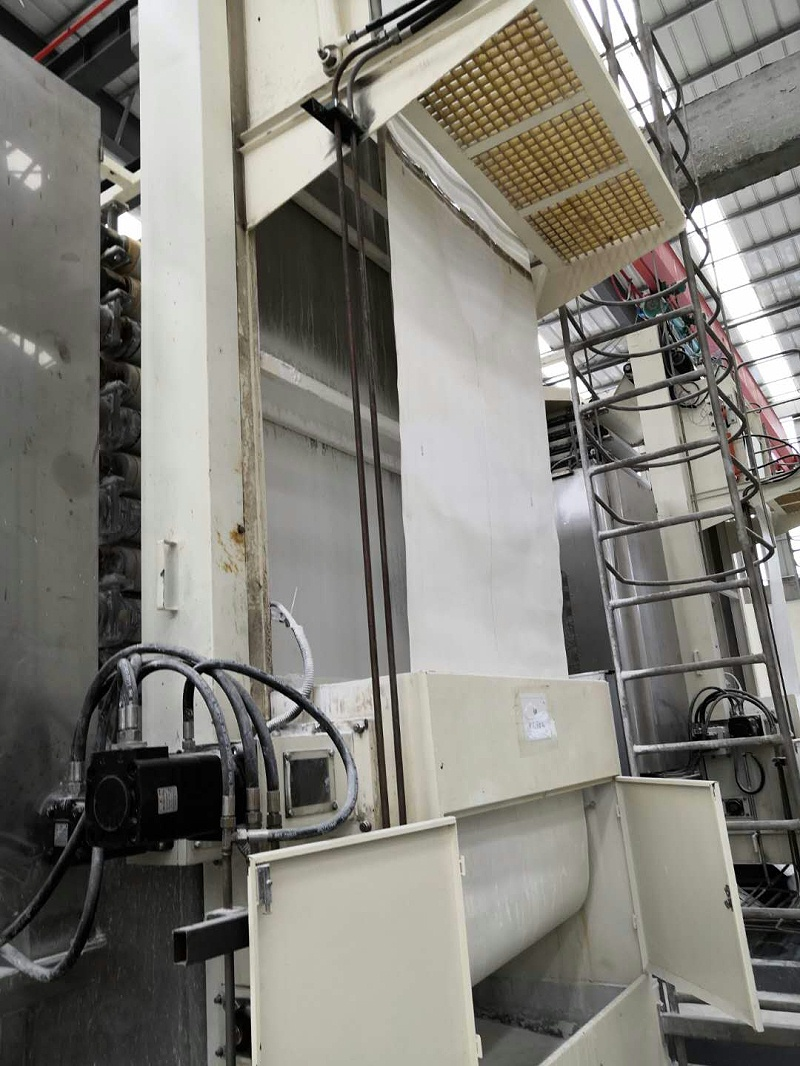 【博联过滤】热定型温度对涤纶过滤布尺寸热稳定性有何影响?