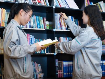 博联图书馆一角