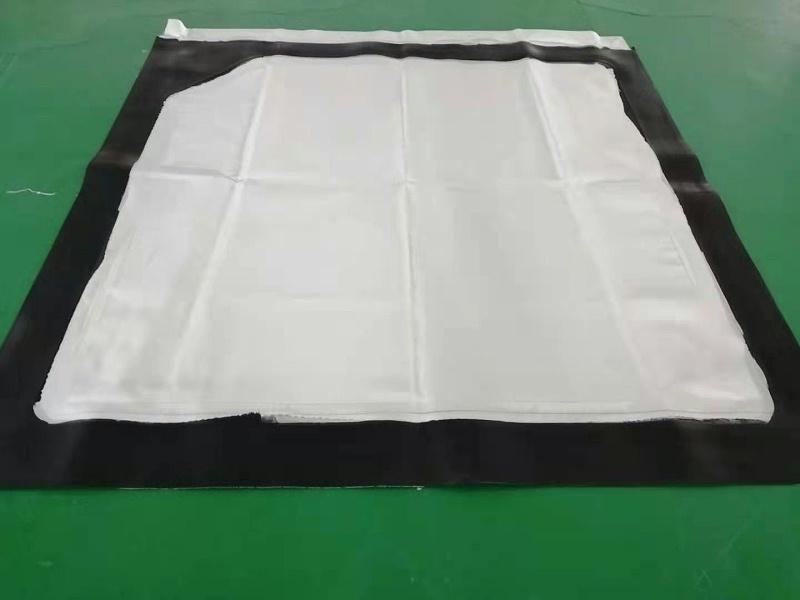 【博联过滤】滤布厂家科普板框压滤机过滤液和滤板出现缝隙的原因!